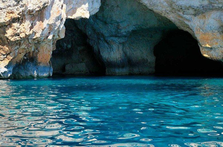 Malta historia y grutas