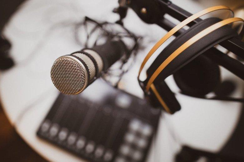 Crece consumo podcasts en Espana