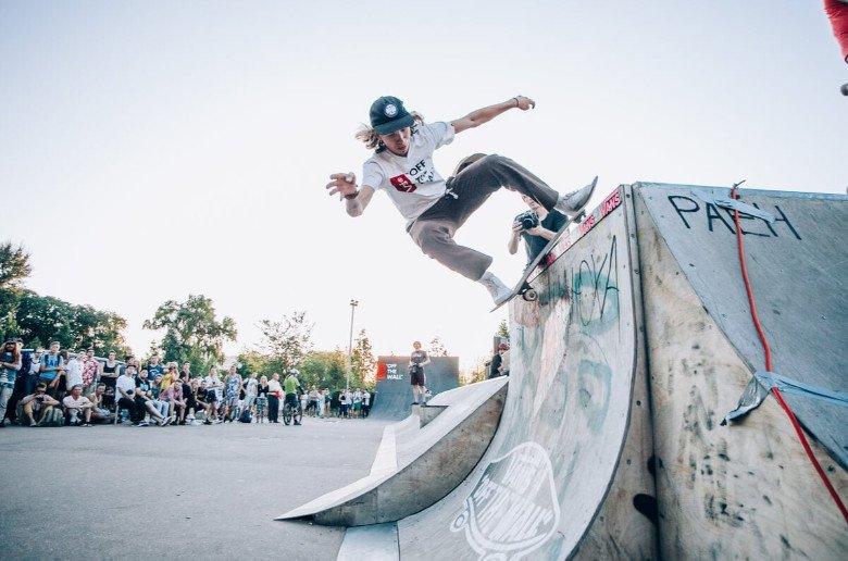 Skateboard deporte urbano